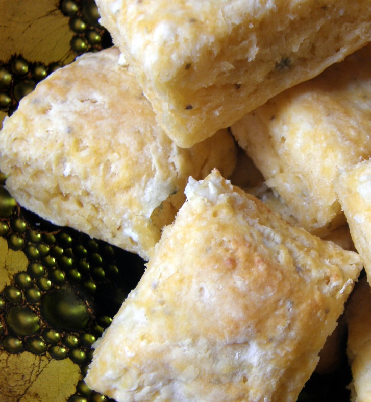 Buffalo Blue Cheese Biscuits with Creamy Buffalo Chicken Filling | The ...